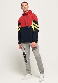 Superdry - Windbreaker - red - 0