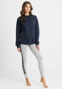 Tommy Hilfiger - LEGGING - Pyjama bottoms - grey - 1