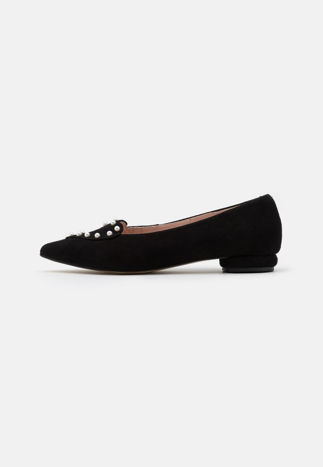 BE SO LUCKY - Loaferit/pistokkaat - black