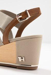 Tommy Hilfiger - ESTELLA  - Platform sandals - stone - 2
