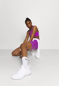 Nike Performance - ONE LUXE - Tights - wild berry/white - 3