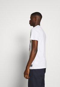 WeSC - MASON WARP CONSPIRACY - T-shirt imprimé - white - 2