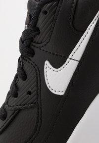Nike Sportswear - AIR MAX 90 UNISEX - Trainers - black/white - 3
