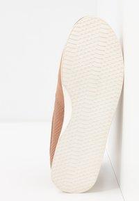 Call it Spring - SINISE - Sneakers laag - dark beige - 6