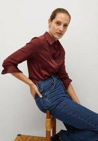Mango - BIMA - Button-down blouse - bordeaux - 4