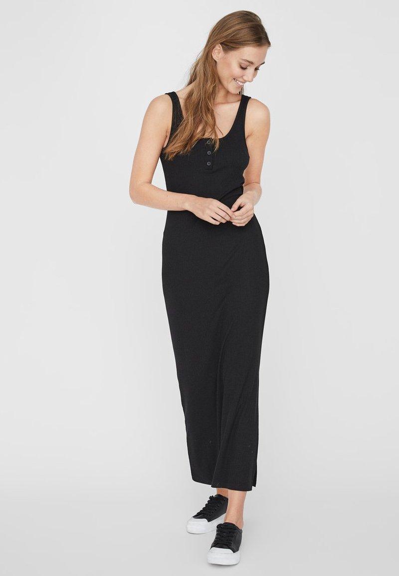Noisy May - Vestido largo - black