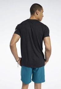 Reebok - T-shirts basic - black - 2