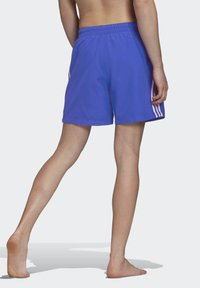 adidas Originals - 3-STRIPES SWIM SHORTS - Szorty kąpielowe - blue - 1