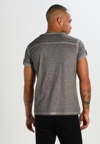 Key Largo - ARENA - T-shirt con stampa - silber - 2