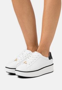 kate spade new york - PARLOR - Zapatillas - optic white/blazer blue - 0