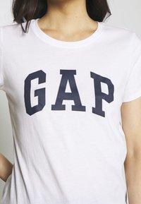 GAP - FRANCHISE TEE  2 PACK - T-shirt z nadrukiem - navy uniform - 6