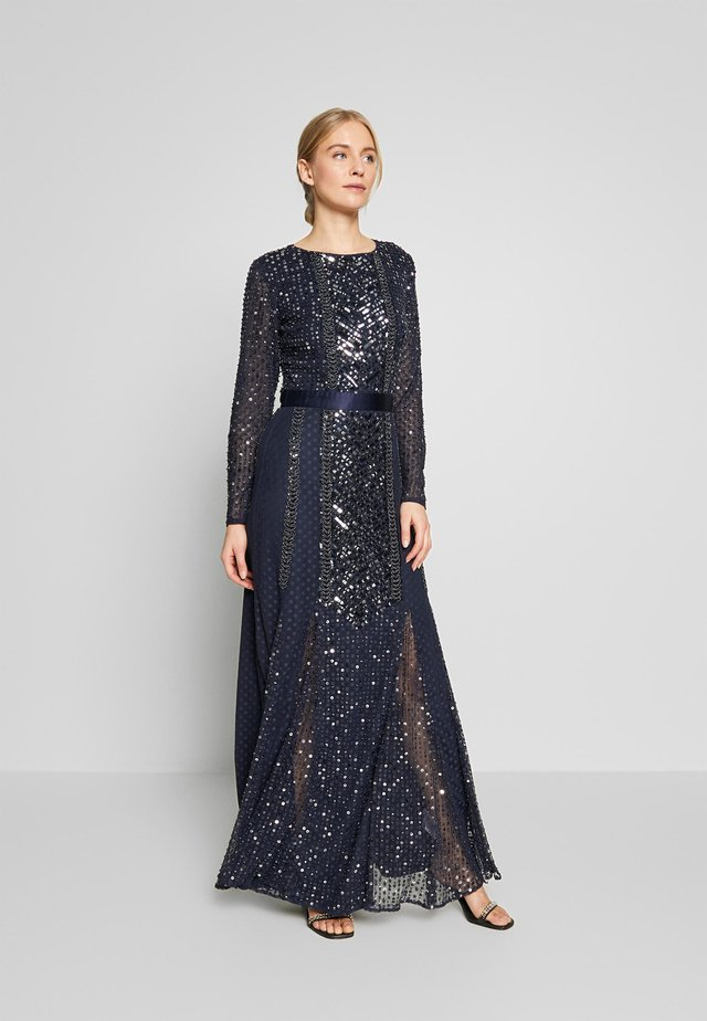 ALL OVER EMBELLISHED SPOT MAXI DRESS - Galajurk - navy