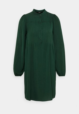 VMSAGA PLEAT SHORT DRESS - Košilové šaty - pine grove