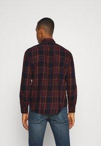 Levi's® - SUNSET POCKET STANDARD - Shirt - bordeaux - 2