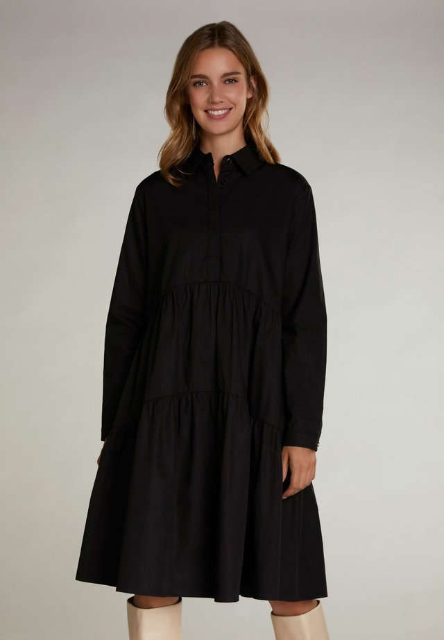 IN LÄSSIGEM SCHNITT - Shirt dress - black