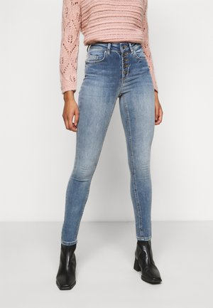 ONLBLUSH BUTTON - Skinny džíny - light blue denim