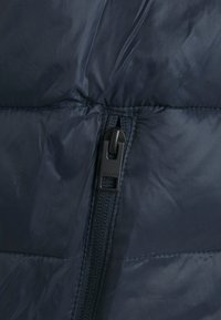 Jack & Jones - JJEMAGIC BODYWARMER COLLAR  - Väst - navy blazer - 2