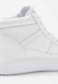 Bikkembergs - COLBIN - High-top trainers - white - 5