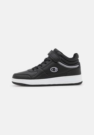 MID CUT SHOE REBOUND VINTAGE - Basketball shoes - new black