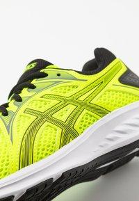ASICS - JOLT 2 - Zapatillas de running neutras - safety yellow/black - 2