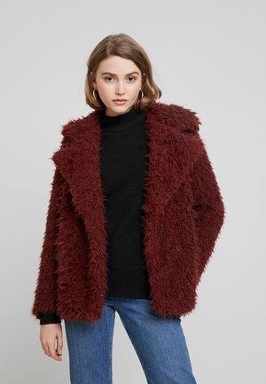 VMJAYLAMEG JACKET - Zimní bunda - madder brown