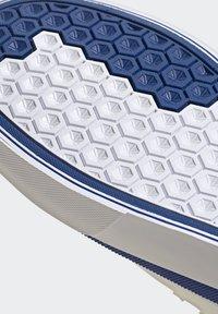 adidas Originals - SABALO - Chaussures de skate - white - 10