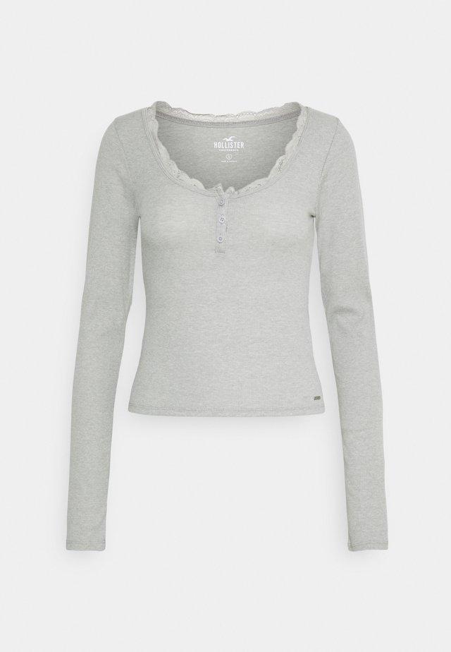 BUTTON THRU HENLEY - Long sleeved top - grey