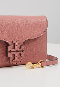 Tory Burch - MCGRAW CROSS BODY - Bandolera - pink magnolia - 6