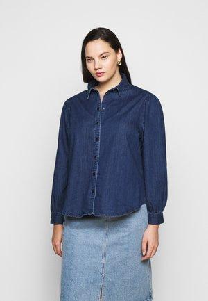 CARNADA LIFE SHIRT - Camisa - dark blue denim
