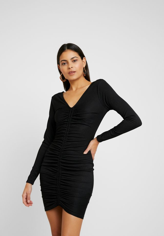 LOLA SKYE RUCHED FRONT BODYCON - Shift dress - black