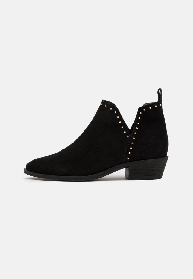 GIANNA - Ankle boot - black/silver