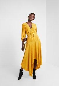 Mykke Hofmann - KLEE - Maxi dress - yellow - 1