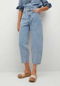 Mango - ANTONELA - Relaxed fit jeans - medium blue - 0