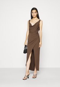 Nly by Nelly - SASSY COWL NECK DRESS - Maxi dress - nogat - 1