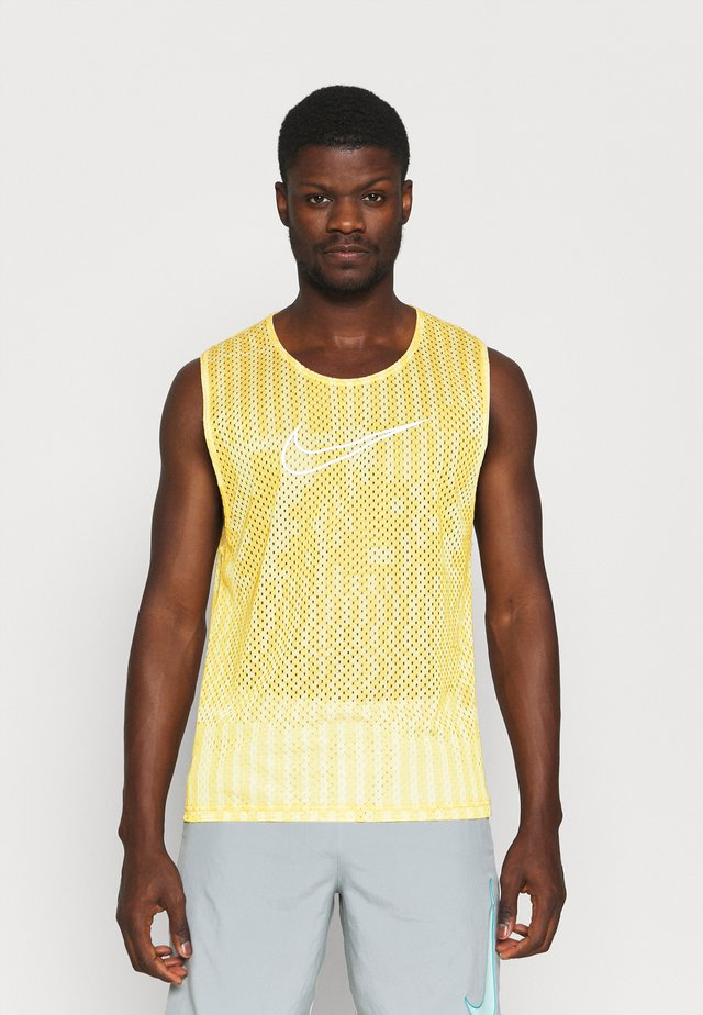 Top - solar flare/saturn gold/white