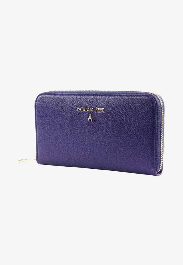 PEPE BASIC - Wallet - dark street violet