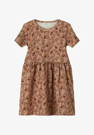 Day dress - roebuck