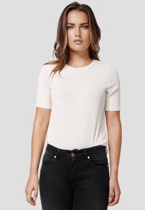 WINA - Basic T-shirt - new beige