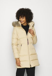 Tommy Hilfiger - BAFFLE COAT - Down coat - yellow stone - 0