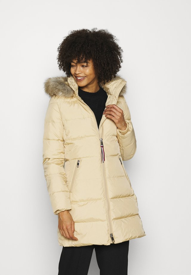 BAFFLE COAT - Down coat - yellow stone