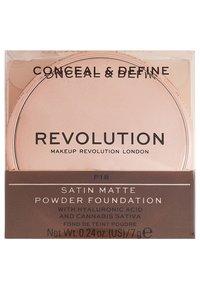 Make up Revolution - CONCEAL & DEFINE POWDER FOUNDATION - Foundation - p18 - 3