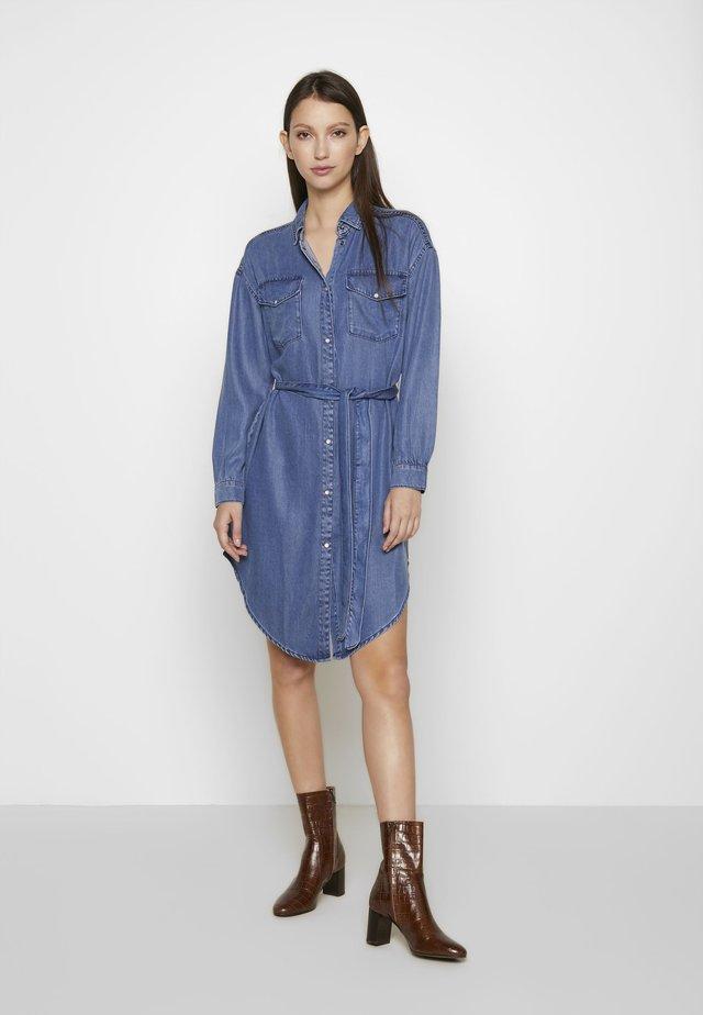 ONLFBELISIMA KNEE DRESS - Day dress - light blue denim