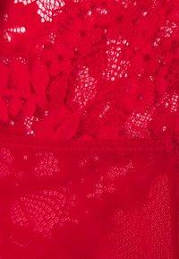 Hunkemöller - ALANIS - Body - tango red - 2