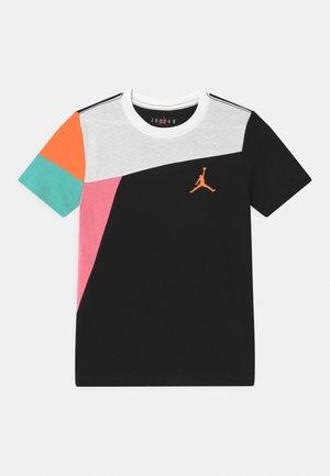 SPORT - T-shirt imprimé - black