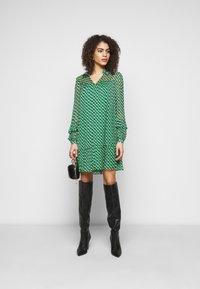Diane von Furstenberg - HEIDI DRESS - Vapaa-ajan mekko - medium green - 1
