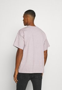 Nike Sportswear - Basic T-shirt - multi coloured/red - 2