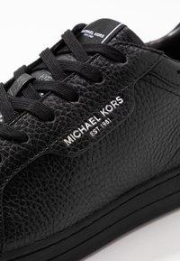 Michael Kors - Trainers - black - 5