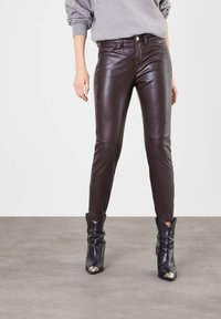 MAC - Leather trousers - brown - 0