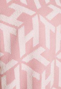 Tommy Hilfiger - BIG CUBE - Mikina - cube glacier pink/ecru - 2
