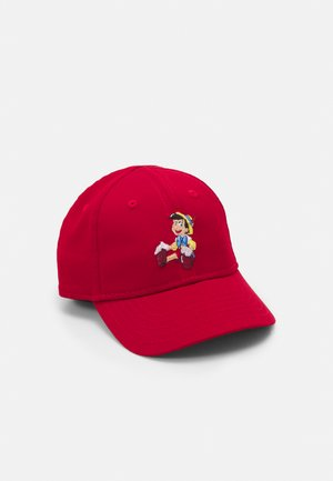 FILM CHARACTER 9FORTY PINOCCHIO UNISEX - Gorra - scarlet